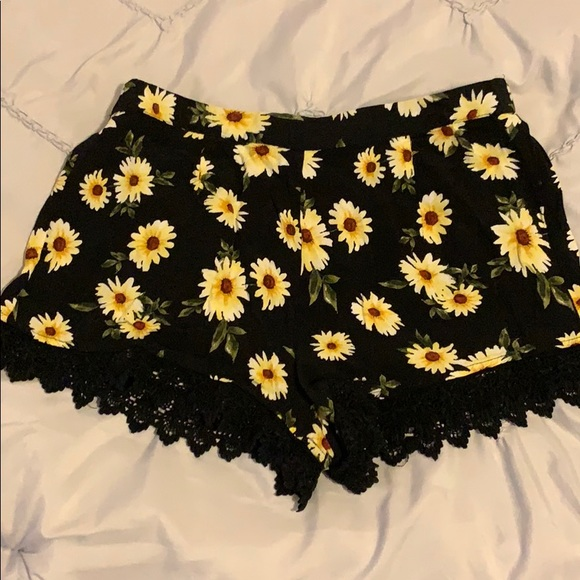 Forever 21 Pants - Shorts